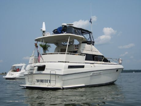 1991 Silverton Aft Cabin Motor Yacht