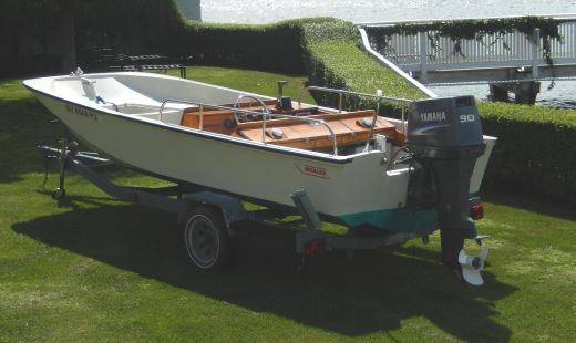 1988 Boston Whaler Super Sport  teak console