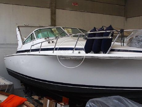 1999 Bertram 36 Moppie express cruiser