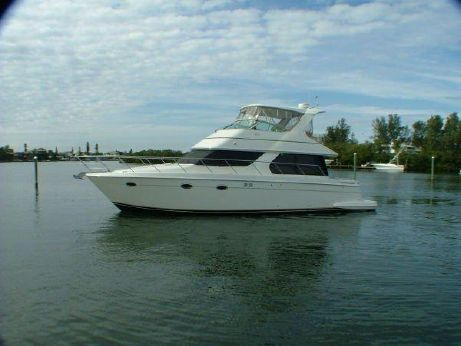 2005 Carver 46 Voyager