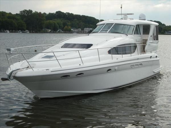 2004 48 39 sea ray motor yacht yacht for sale the hull for Sea ray motor yacht for sale