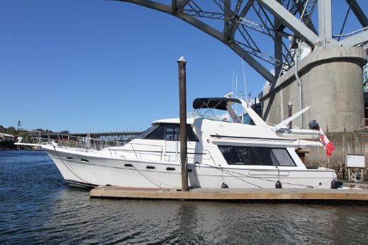 1997 Bayliner 4788 Pilothouse Motoryacht