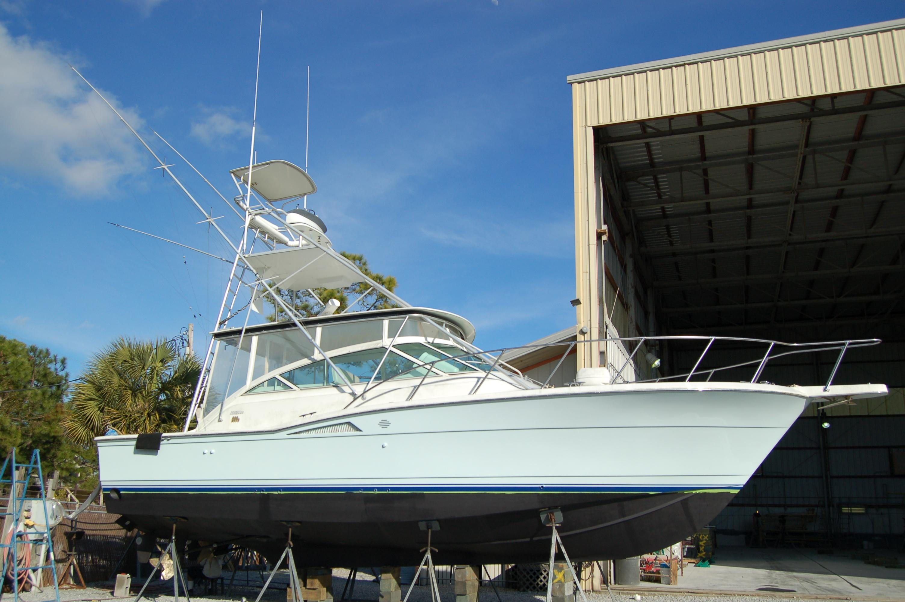 1995 Hatteras Express Power Boat For Sale Www Yachtworld Com
