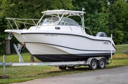 2008 Boston Whaler 255 Conquest