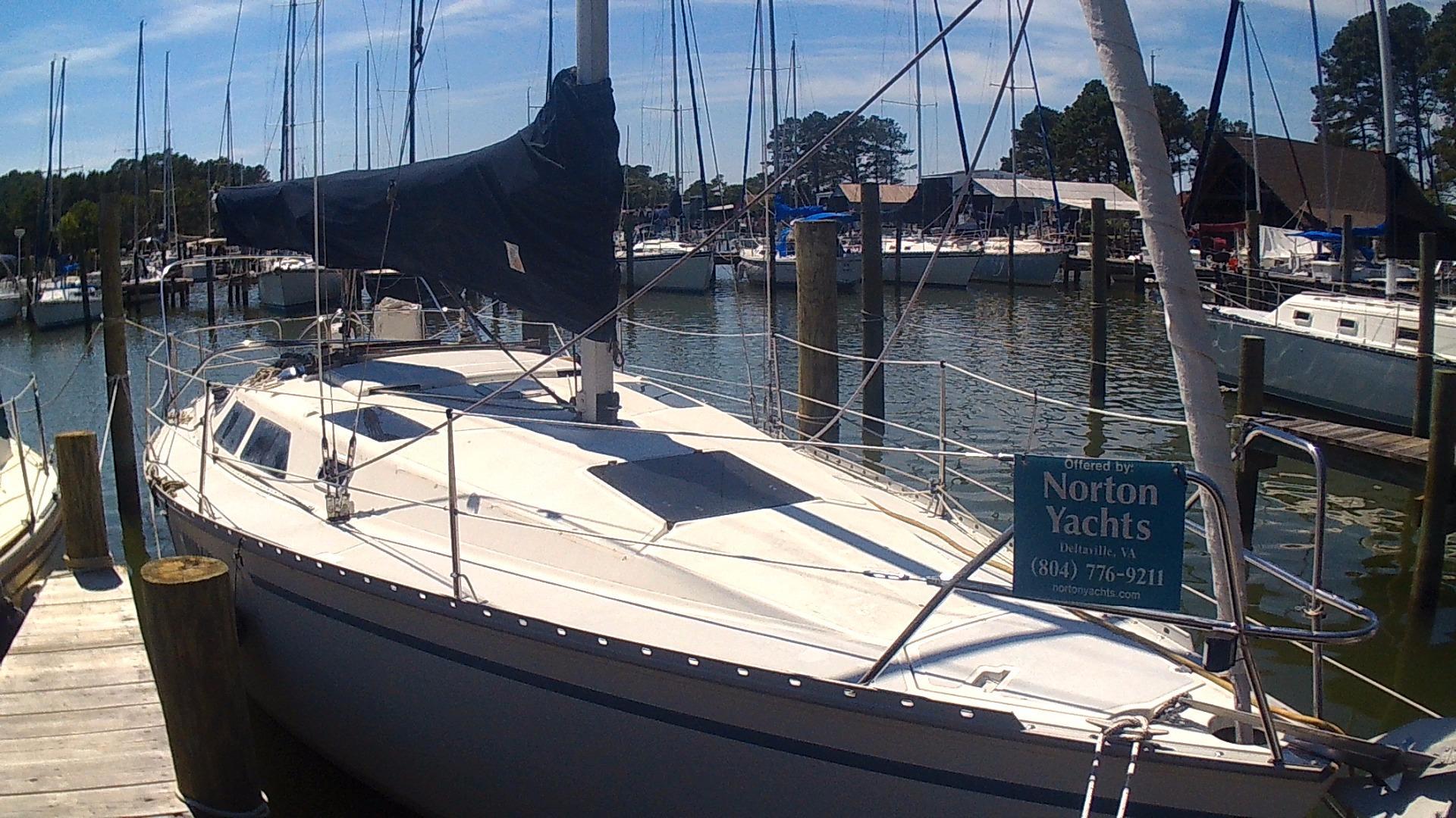 1988 hunter 30 sail boat for sale
