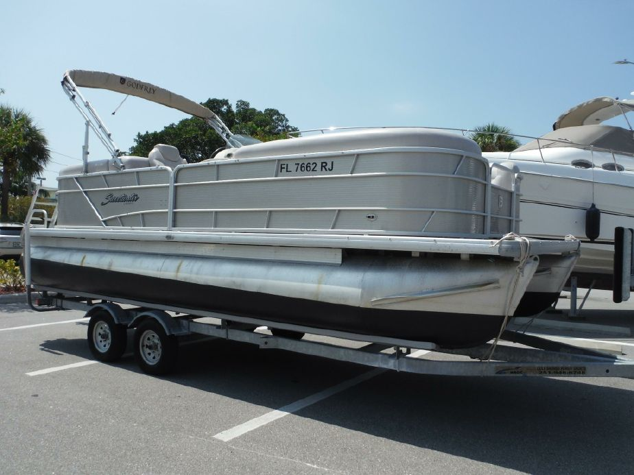 2016 Sweetwater 2221 Sc 3 Gate Pontoon Boat For Sale