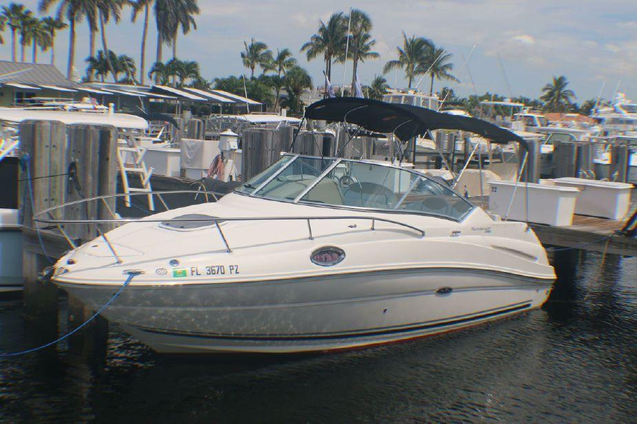 2009 Sea Ray 240 Sundancer Power Boat For Sale - www