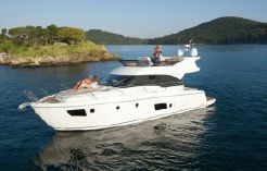 2013 Bavaria Motor Boats Virtess 420 Flybridge
