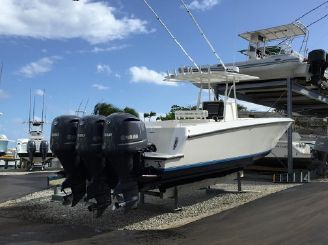 2015 Contender 36 Open 2015 Yamahas 04 hull