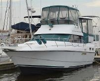 1993 Silverton Aft Cabin Motor Yacht