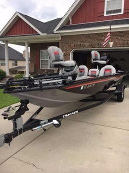 2017 Tracker Pro Team 190 TX
