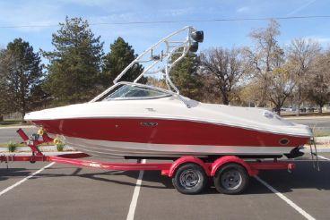 2007 Sea Ray 210 Select Bowrider