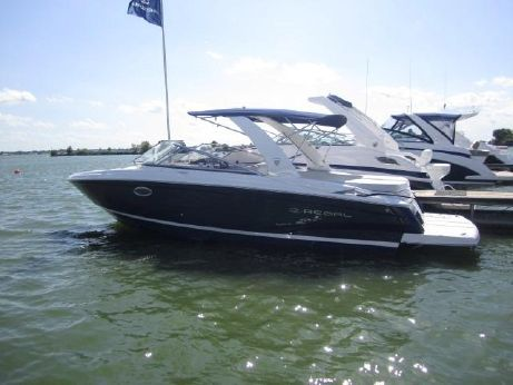 2017 Regal 2700 Bowrider