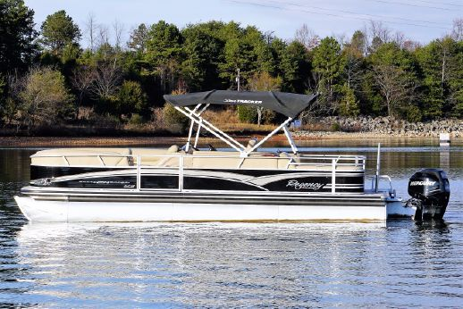 2013 Sun Tracker 254 Party Barge XP3