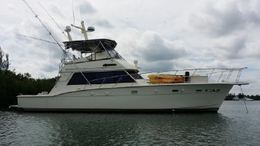 1984 Hatteras 52 Convertible- FRESH ENGINES AND INTERIOR