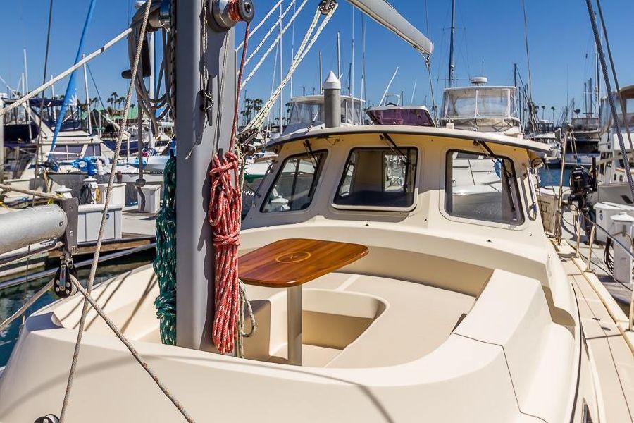 2008 Island Packet 41 SP Cruiser Top Deck