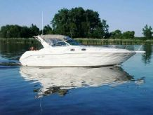 1994 Sea Ray 330 Express Cruiser with Air