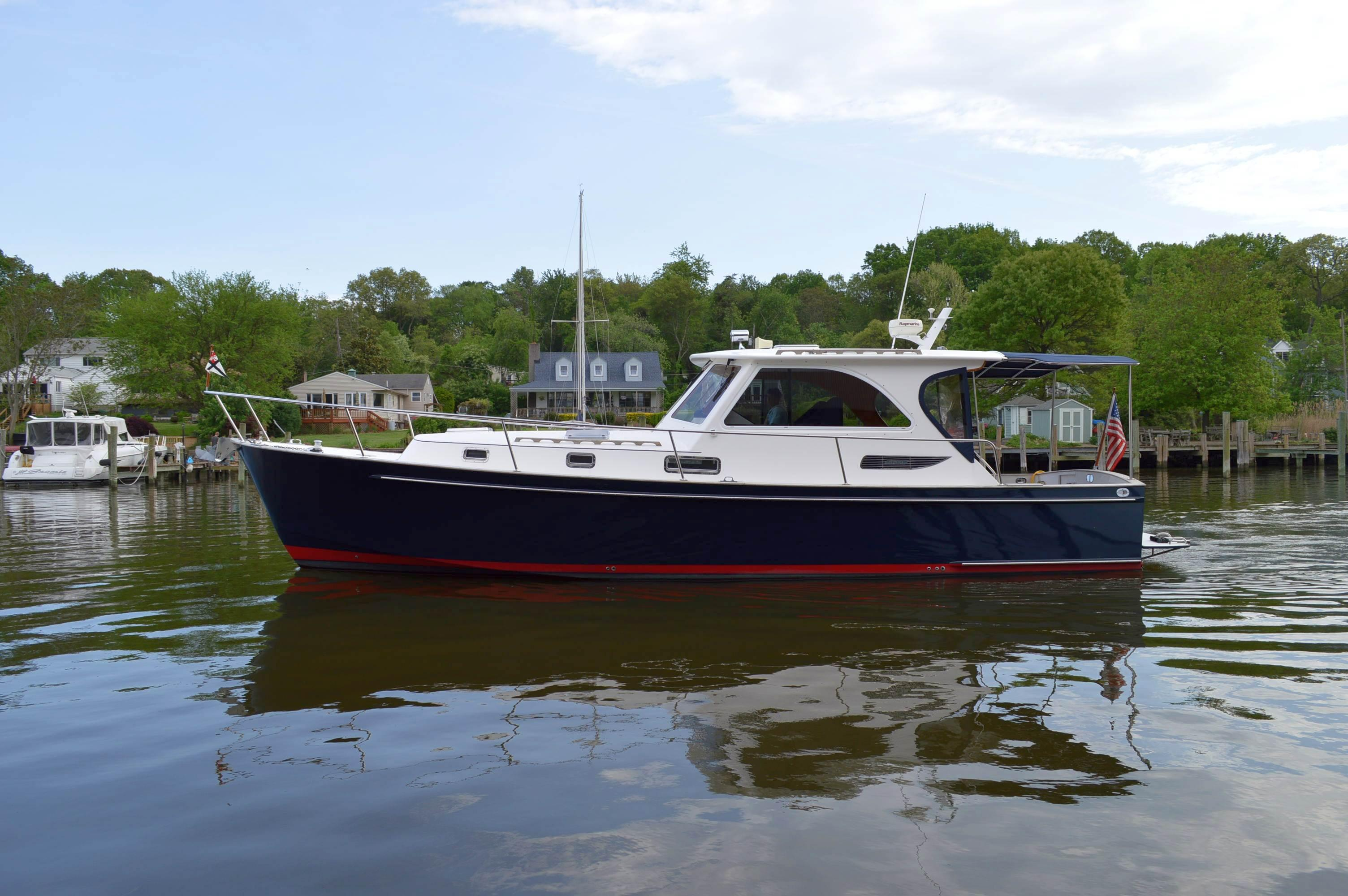 2005Legacy Yachts 40 Sport Express