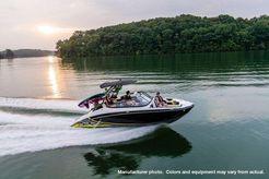 2020 Yamaha Jet Boat Wake Series