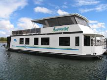 2005 Homecruiser Houseboat