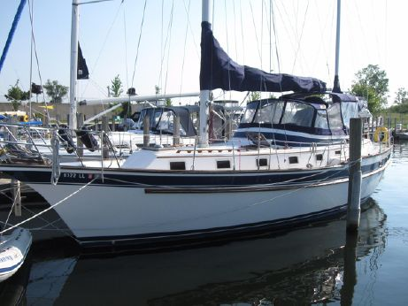 1983 Endeavour 43 CC Ketch