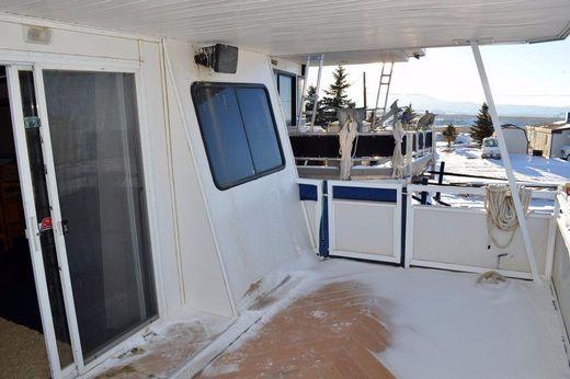 2000 Destination Yachts 60 X 16