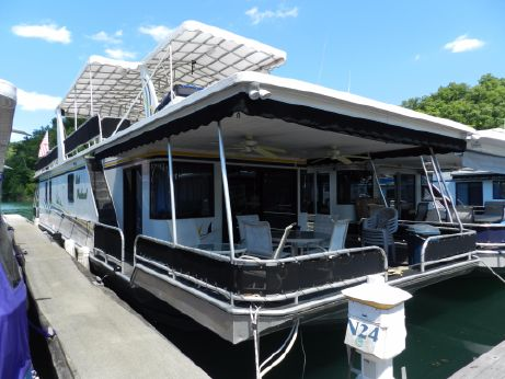 2001 Sunstar 16' x 73' Houseboat