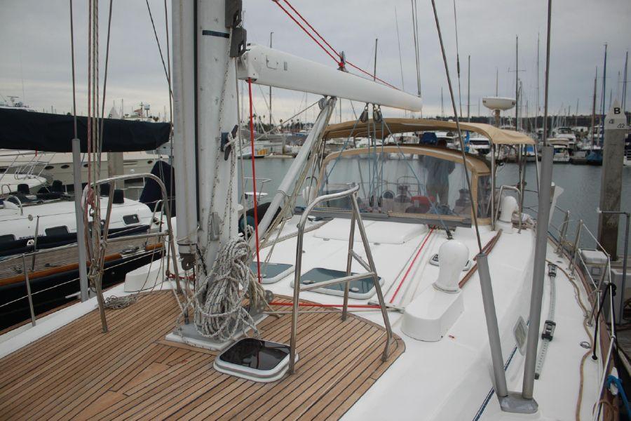 Beneteau 50 Topsides Deck