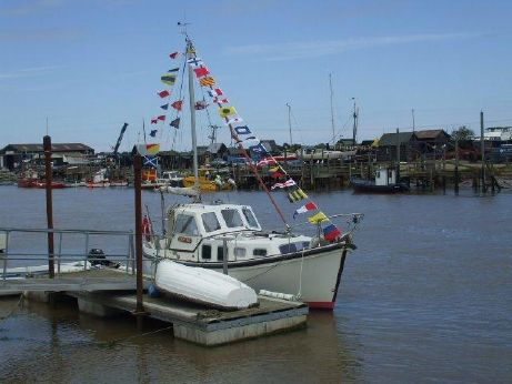 1979 Colvic Watson 25.6 & Landing Stage at Southwold