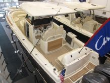 2019 Chris-Craft Catalina 30 Pilothouse