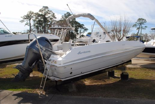 2017 Hurricane Center Console 21 Outboard
