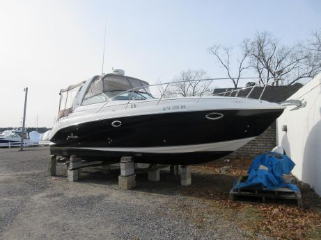 2007 Rinker 320 Express Cruiser