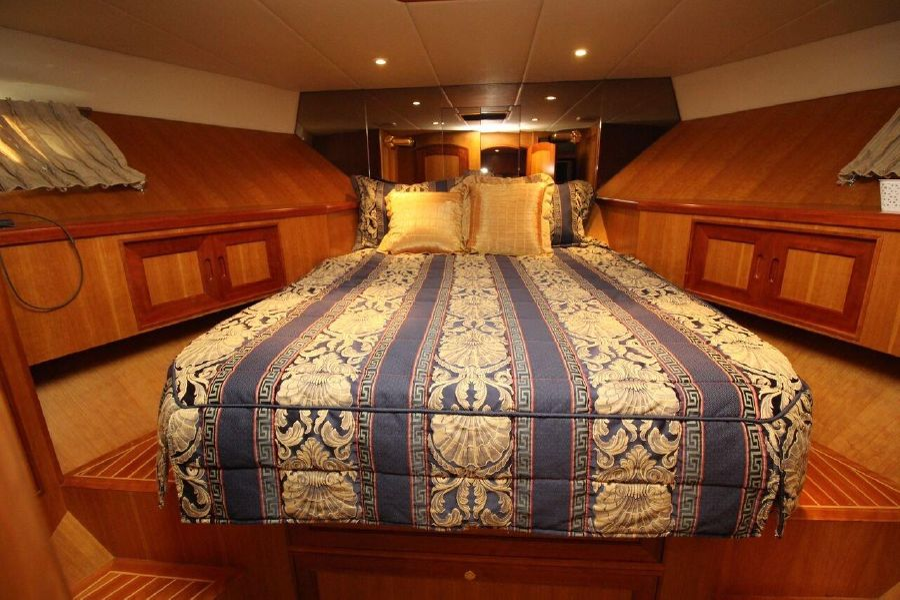Mckinna 57 Pilothouse Guest Stateroom