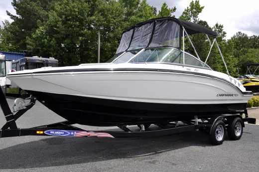 2013 Chaparral 216 SSi
