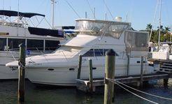 1996 Cruisers Aft Cabin Motor Yacht