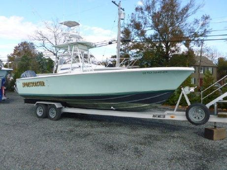 2003 Bertram 25 Center Console