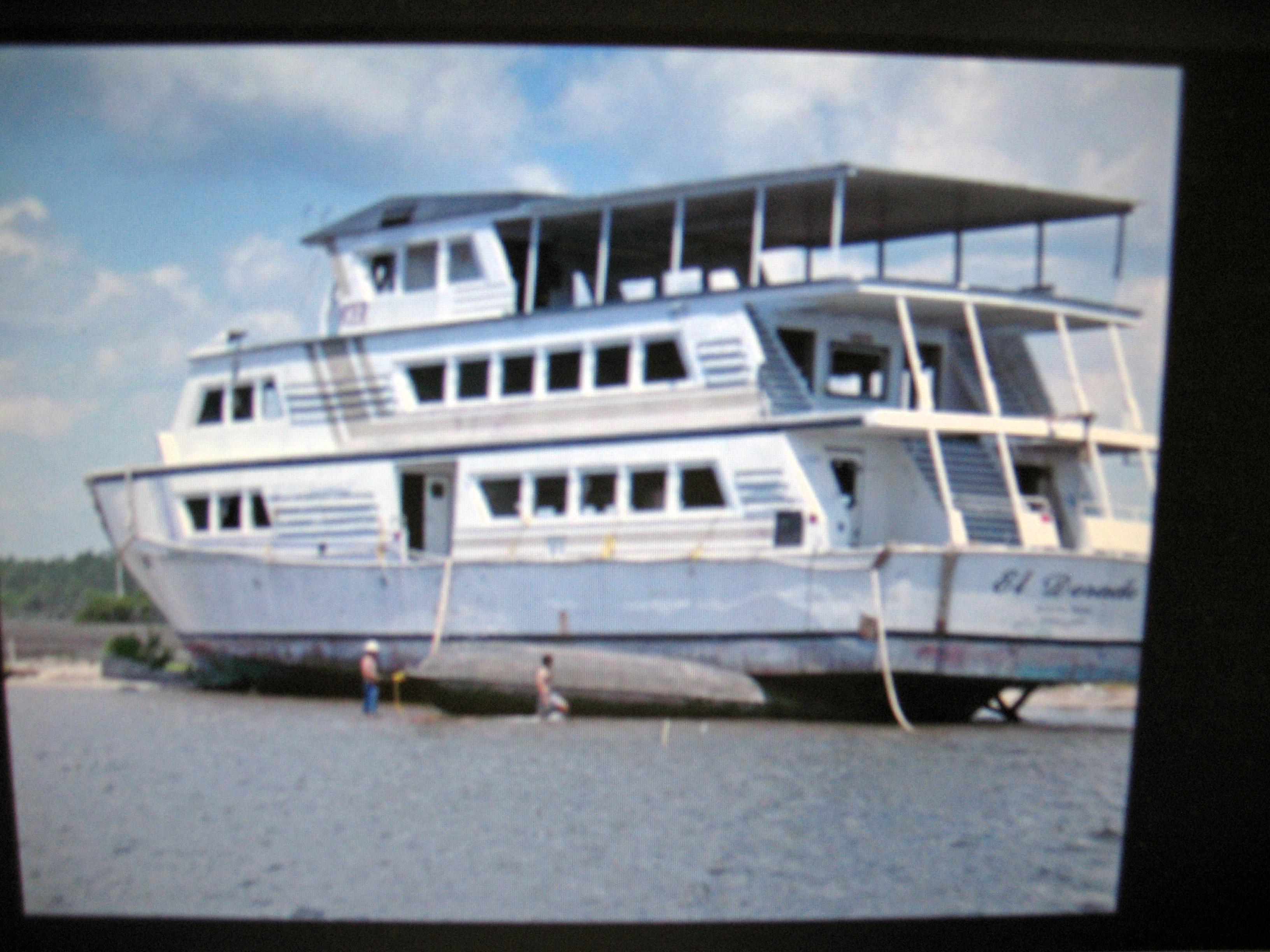 Panama city florida gambling boats russian roulette death on camera