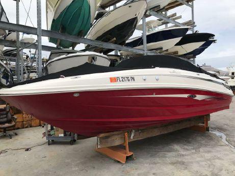 2012 Sea Ray 240 Sundeck