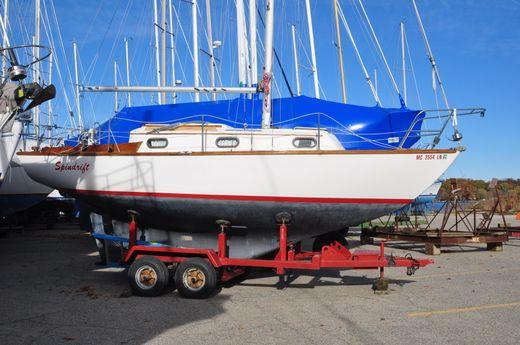 1983 Cape Dory 27