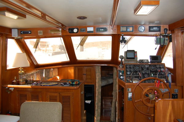 48' Offshore Yacht Fisher+Controls