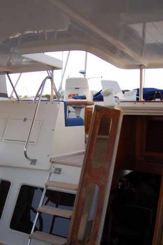 48' Offshore Yacht Fisher+Dinghy