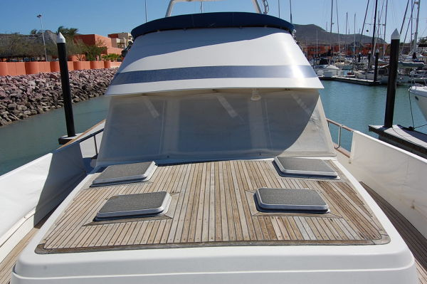 48' Offshore Yacht Fisher+Cockpit
