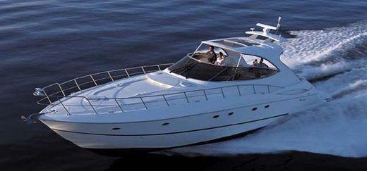 2003 Cruisers Yachts 5470 Express