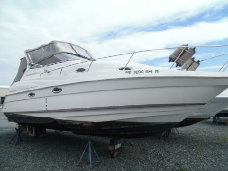 2004 Regal 2860 Express Cruiser