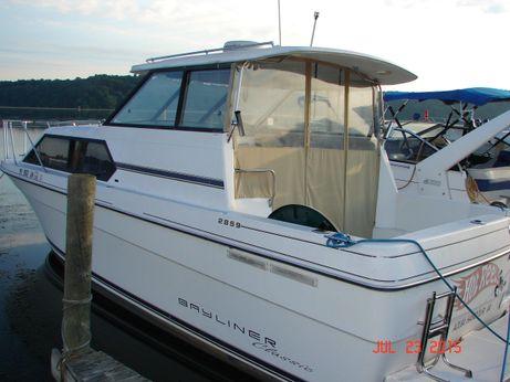 1995 Bayliner 2859 Classic Cruiser