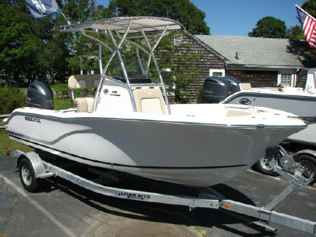 2017 Sea Fox 206 Commander