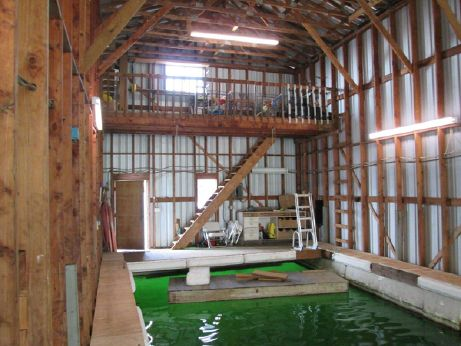 1985 Boat House 60' with large well