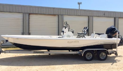 2013 Blue Wave 2400 Pure Bay