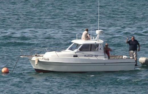 2002 Rodman Sportfisher 700