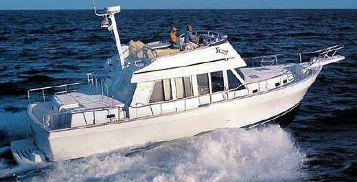2000 Mainship 430 Trawler